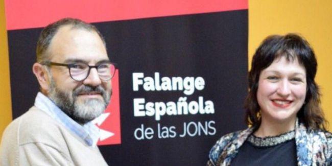 Luz Belinda olvida los crímenes de Falange para acusar a la izquierda de herederos de las checas