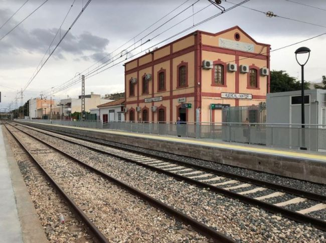 Los retrasos harán inviable que el tren vuelva a la capital hasta finales 2021