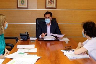 El alcalde de El Ejido pide información al Gobierno sobre pateras y COVID19