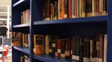 Las Bibliotecas 'Antonio Machado' Y 'Carmen De Burgos' Y La Sala De La Envía Reanudan Su Actividad