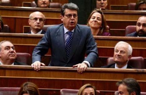 Matarí culpa al PSOE de las instalaciones indignas de la Guardia Civil de Roquetas