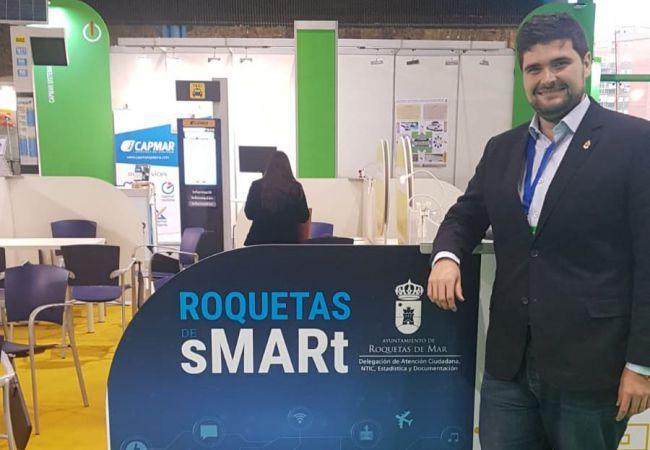 El canal de WhatsApp del Ayuntamiento de Roquetas gestiona 1.000 incidencias