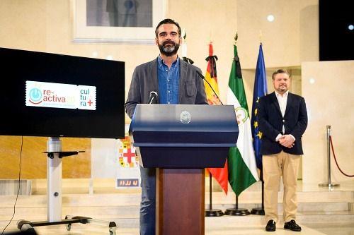 Más de 50 artistas en el Circuito Municipal de Almería 'Re-activaCultura 20'