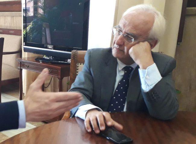 Subdelegación desmiente que prohibiera al alcalde de Roquetas entrar al cuartel de la Guardia Civil