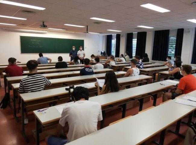 Casi el 70% de los estudiantes aprueban la PEvAU de septiembre
