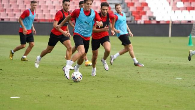 El Almería encara la recta final de su preparación para el partido en Lugo