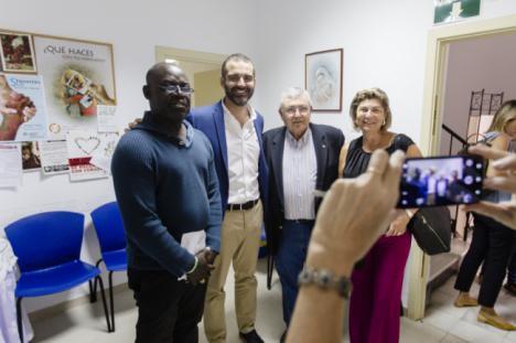 Ayuntamiento y Cáritas colaborarán en la atención de usuarios de larga estancia en el Centro de Acogida