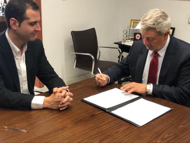 El alcalde recibe al nuevo director de la Banda Municipal de Música