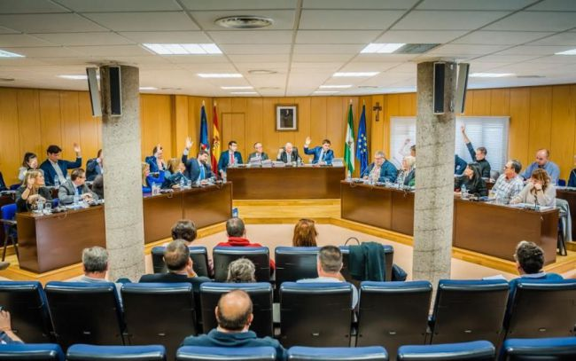 La oposición de Roquetas dicen que la moción de censura la harán 'cuando den los números'