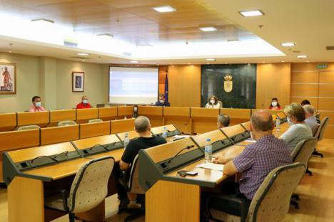 Ayuntamiento de El Ejido coordina una mesa de trabajo con propietarios de alojamientos turísticos