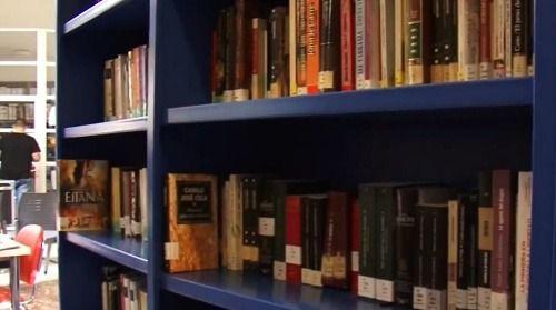 Vicar Se Prepara Para Conmemorar El Día De Las Bibliotecas