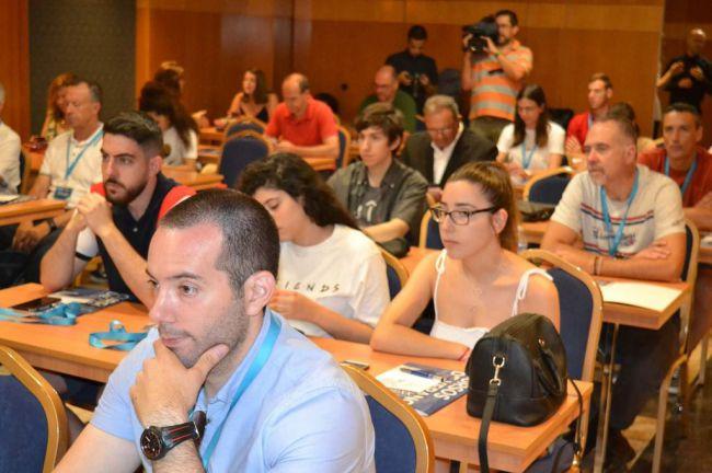 El IAJ acerca a los jóvenes las claves del éxito de los emprendedores del futuro