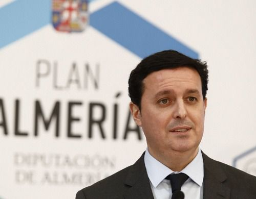 Diputación ayuda a más de 2.500 familias vulnerables con el 'Plan Almería'