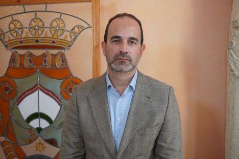 El alcalde agradece la oposición de Diputación a la descarga de hierro en Carboneras