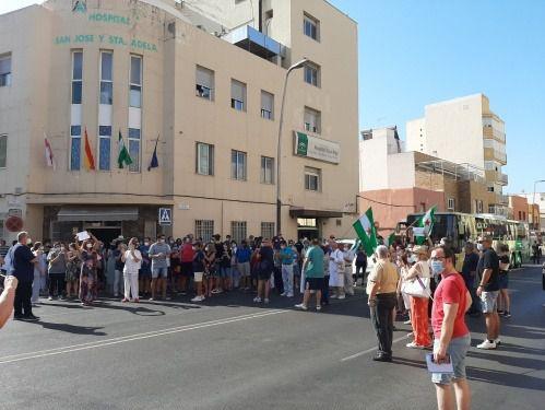 CCOO exige reabrir el Hospital Cruz Roja ante la 'saturación' de Torrecárdenas