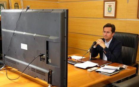 Bando del alcalde de El Ejido pidiendo responsabilidad ante el covid-19