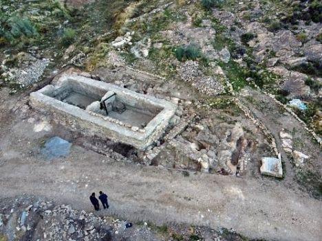 Finaliza la excavación en torno a la alquería medieval en el yacimiento de Macael Viejo