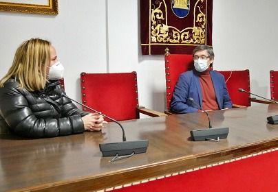 Ayuntamiento de Adra crea dos bolsas de empleo para luchar contra el covid-19