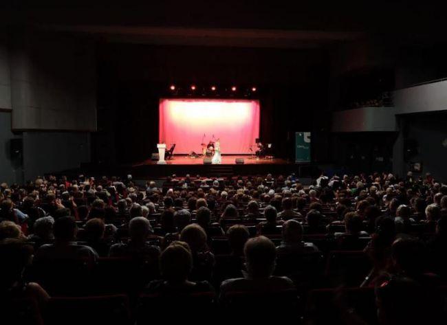 Adra renueva por quinto año su adhesión a la Red Andaluza de Teatros Públicos