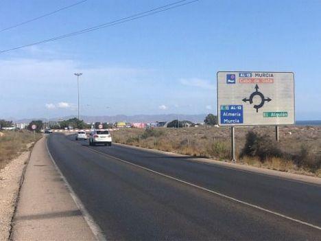 La Junta mejora más de 117 kilómetros de carreteras en Almería