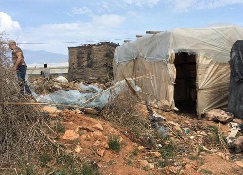 Cáritas urge solución para las 200 personas del asentamiento de los Atochares que ardió