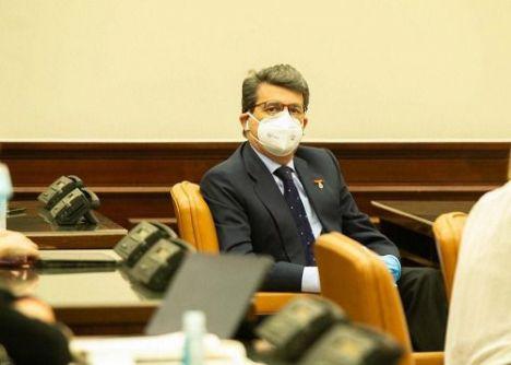 El Gobierno responde a Matarí que no quitará el IVA a las mascarillas FFP2