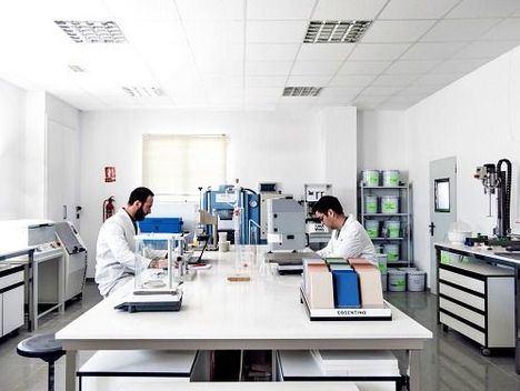 La Junta licita por 7,5 M€ la mejora de la eficiencia de los laboratorios agroalimentarios y pesqueros