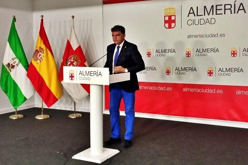 El Defensor del Pueblo califica al Ayuntamiento de Almería de «administración entorpecedora»