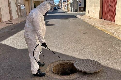 Prosiguen Los Trabajos De La Campaña De Saneamiento en Vícar