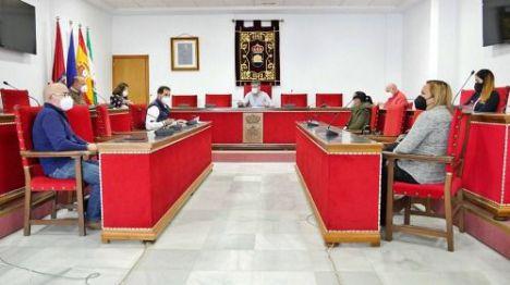 Ayuntamiento de Adra adquiere más de 40 nuevos contenedores