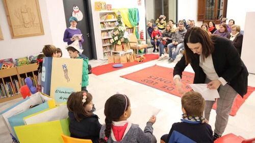 La Biblioteca de Berja se llena de actividades para conmemorar el Día del Libro
