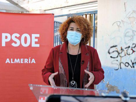 El PSOE dice que en Almería se gasta mucho en limpieza pero está sucia