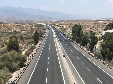Ni PSOE ni Podemos se oponen a que se cobre por usar las carreteras