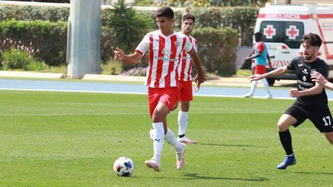 El Almería se prepara para la lucha por el ascenso