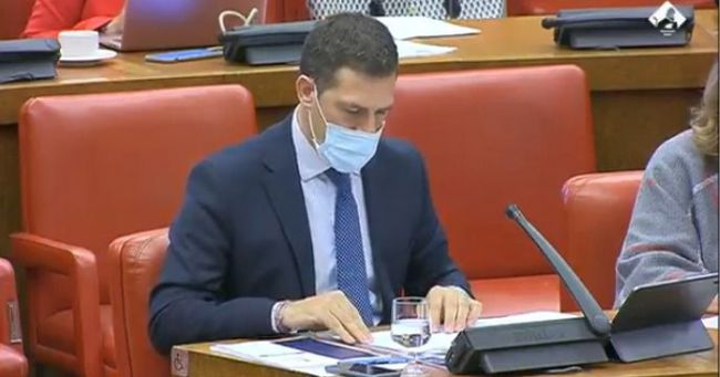 Castellón explica la receta del PP contra el paro