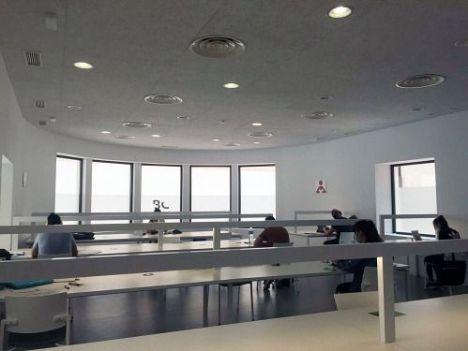 Las salas de estudio 24/7 de la Biblioteca Central habilitarán el turno de noche