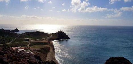 El 12 de junio vuelve el control de acceso a las playas de Genoveses y cala Carbón