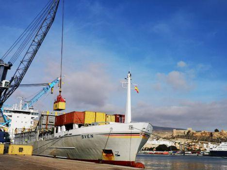 Las exportaciones desde los puertos almerienses crecen un 66,8% hasta mayo