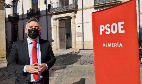 El PSOE lleva al Defensor del Pueblo el incumplimiento de la Ley de Memoria Histórica en la capital