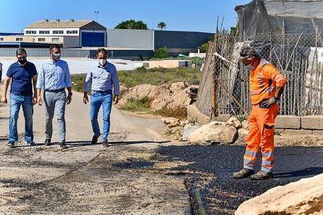 El Ayuntamiento invertirá 35.000 euros en la mejora de trece caminos rurales