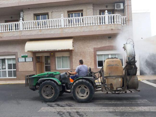 Continúan Los Trabajos De Desinsectación En Vícar