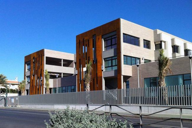 La Residencia de El Zapillo de Almería se mantiene como 'centro de evacuación covid'