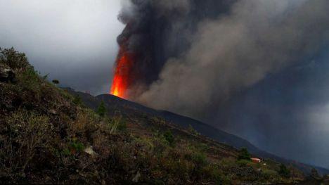 Cajamar abre una cuenta solidaria para los afectados del volcán de La Palma