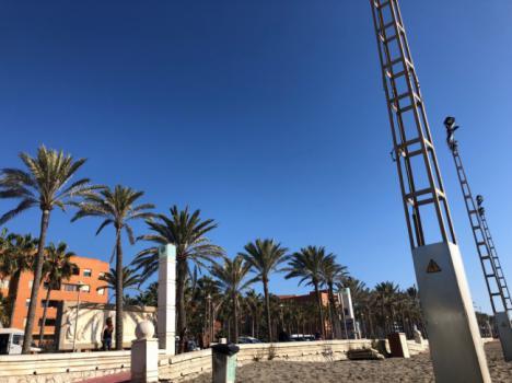 Un millón de euros para mejorar el alumbrado de la línea de mar de Almería