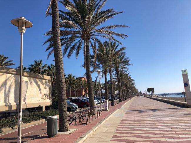 El Ayuntamiento gestiona la mejora del alumbrado en zonas marítimas
