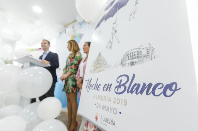 La Noche en Blanco llenará la ciudad de música, espectáculos y gastronomía