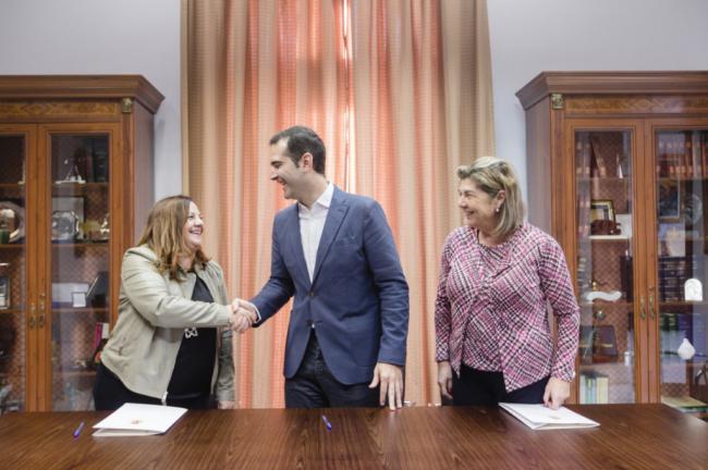 El Ayuntamiento de Almería ayuda a la formación de trabajadores sociales