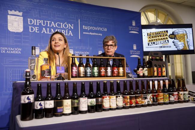 El Festival de la Cerveza Artesana muestra la calidad del sabor de la producción almeriense