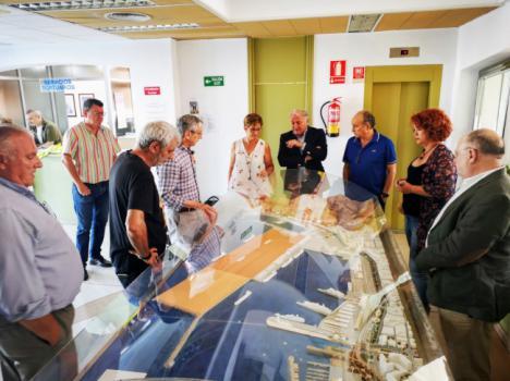 Caicedo y Bahía Almeriport explican sus proyectos al GMS del Ayuntamiento de Almería