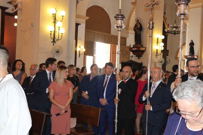 El alcalde de El Ejido asiste a la misa con motivo de las fiestas del Cristo de la Luz